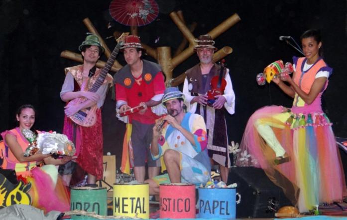 Espetáculo Musical SEMEANDO EM CANTO – Musicas Socioambientais